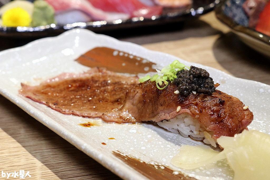 松露長袍和牛壽司