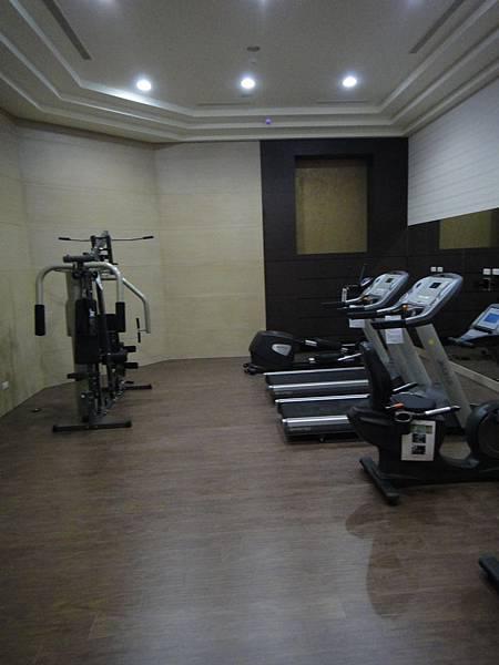 健身房5.JPG