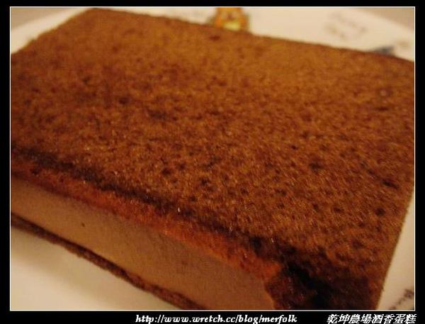 乾坤農場酒香蛋糕 05.jpg