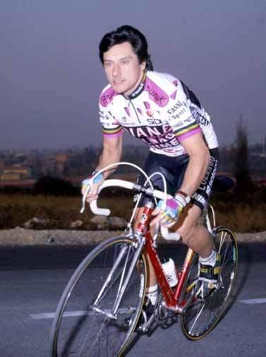 1990-Saronni-in-maglia-Diana-Colnago
