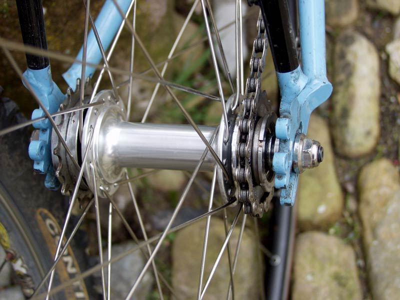 Fixed-gear-cogs