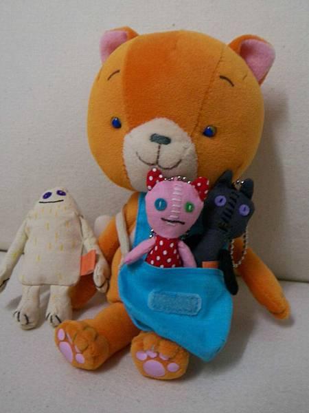 可瑪和她的布偶們