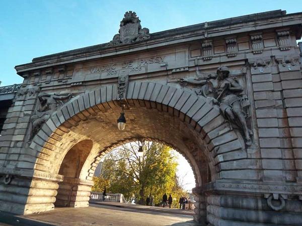 La Pont de Bir-Hakeim 04