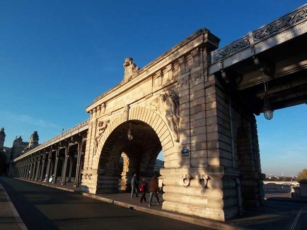 La Pont de Bir-Hakeim 05
