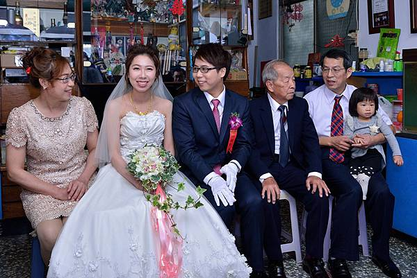 20170107鐶馨結婚迎娶_170109_0075.jpg
