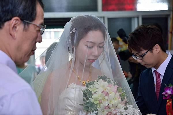 20170107鐶馨結婚迎娶_170109_0090.jpg
