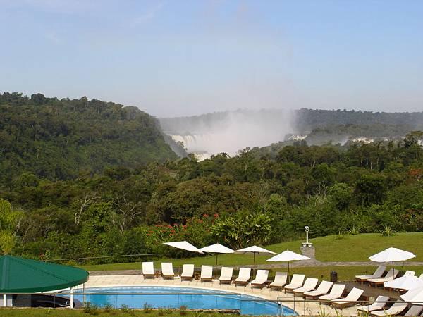 由Sheraton眺望Iguazu瀑布.jpg