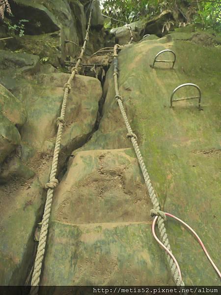 第一條攀岩路1 (2).JPG