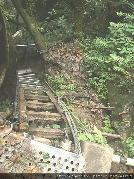 第二條攀岩路 (6).JPG