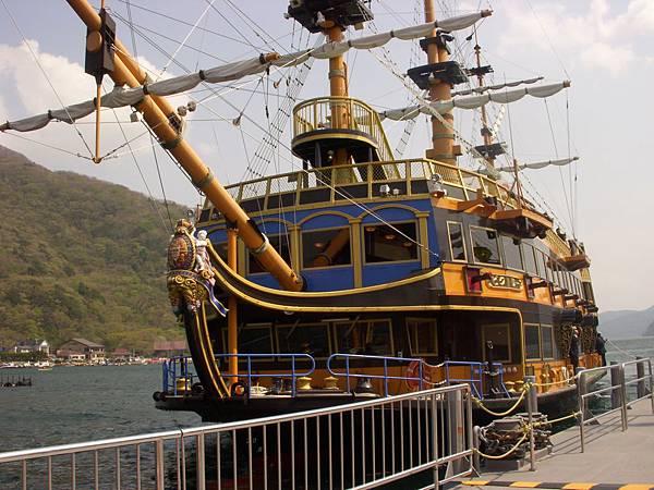 箱根盧之湖之海賊船