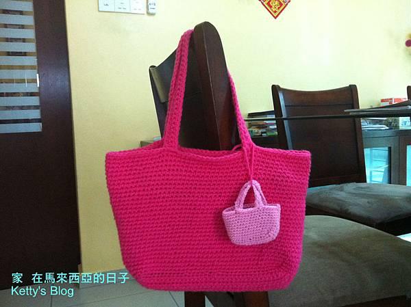 毛線編織--杯墊與袋子