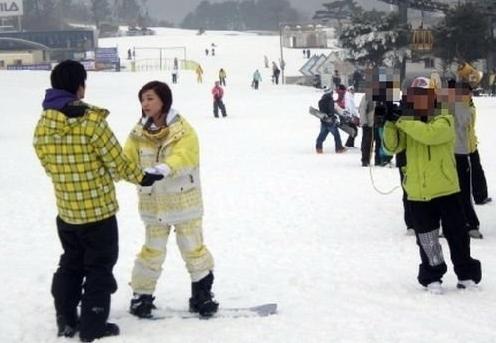 亞當滑雪.JPG
