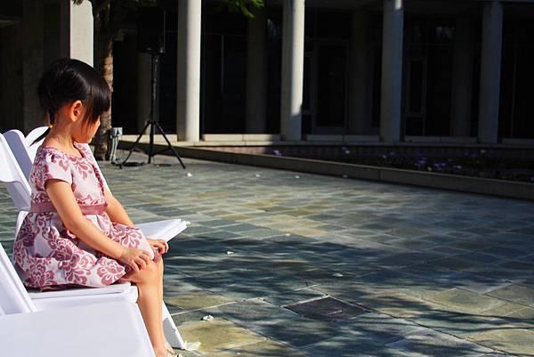 15-10-01我在跟妳講話的時候,請妳看著我.JPG