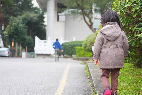 16-06-01爸爸,你可以陪我嗎.JPG
