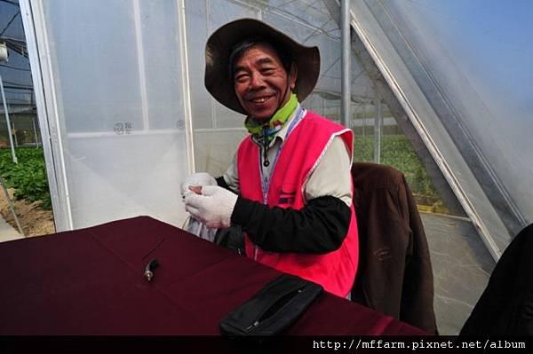 2012-3-28上午桃花緣活動照 010