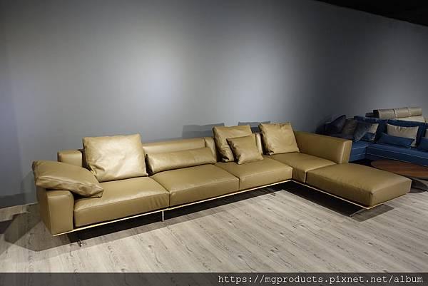 訂製沙發Flexform.JPG
