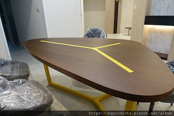 訂製餐桌.JPG