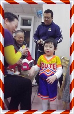 小乖爸爸+叔公嬸婆.JPG
