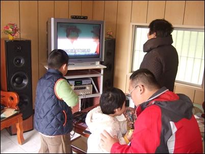 初三嘉義休閒唱歌48.JPG