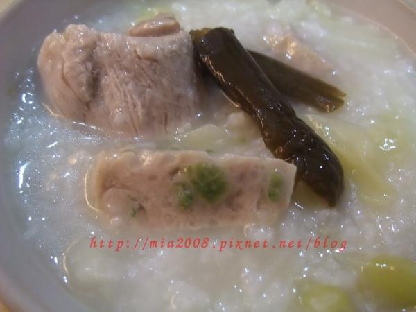 高麗菜排骨粥1.jpg