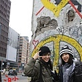 柏林剩餘舊牆前