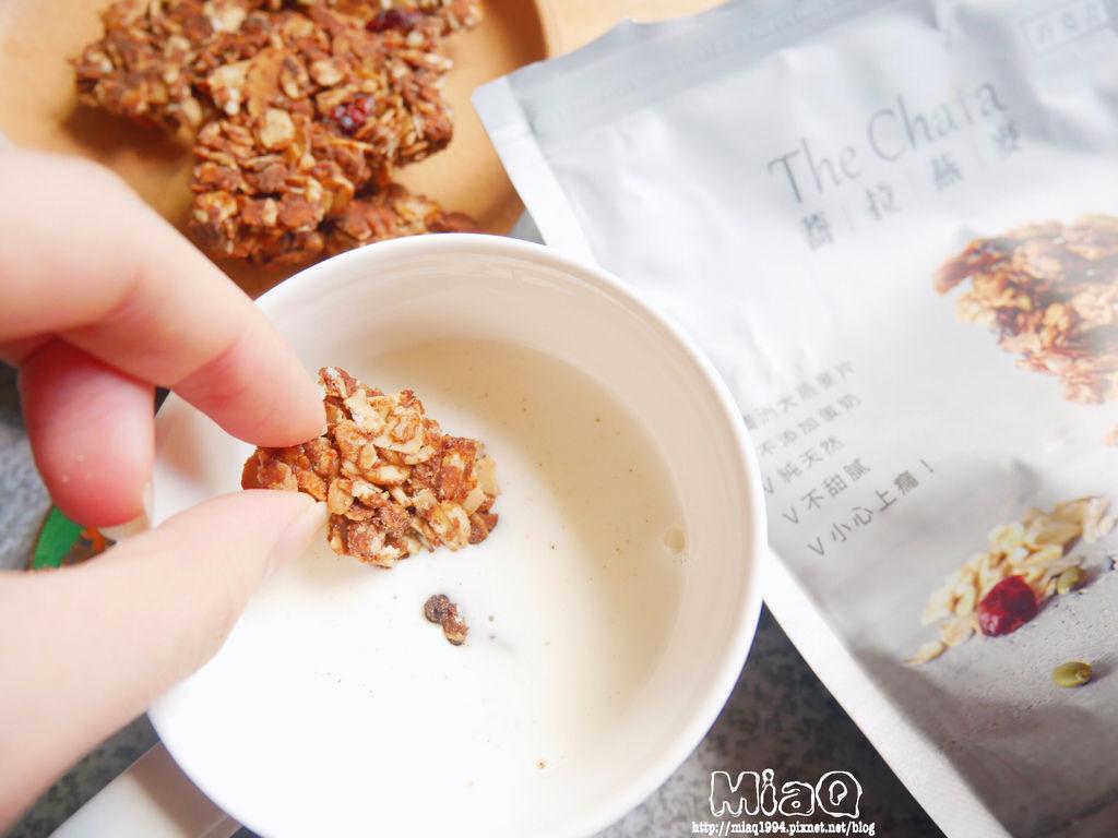 【健康】The Chala蕎拉裸食燕麥脆片|推薦你低GI麥片這樣吃,健康又解饞,上班族必備的人氣小點 (6).JPG