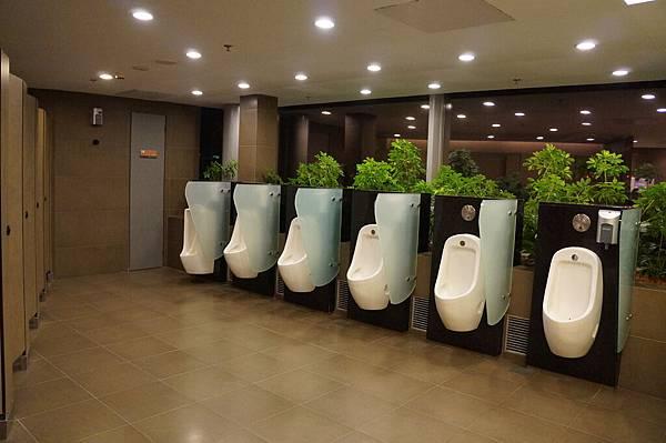 很乾淨的wc
