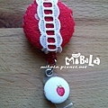 E06D01-02-紅底蕾絲-小草莓