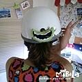 C10E01-裂嘴笑安全帽釦飾