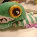 鱷魚先生滑壘囉~~