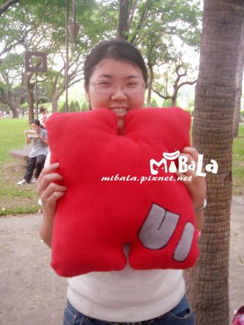 雅惠的大抱枕~是她的名字唷~惠~Hui