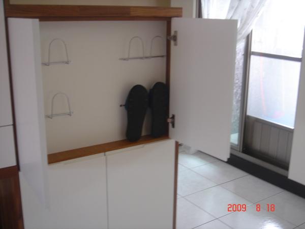 5號櫃-正面拖鞋架