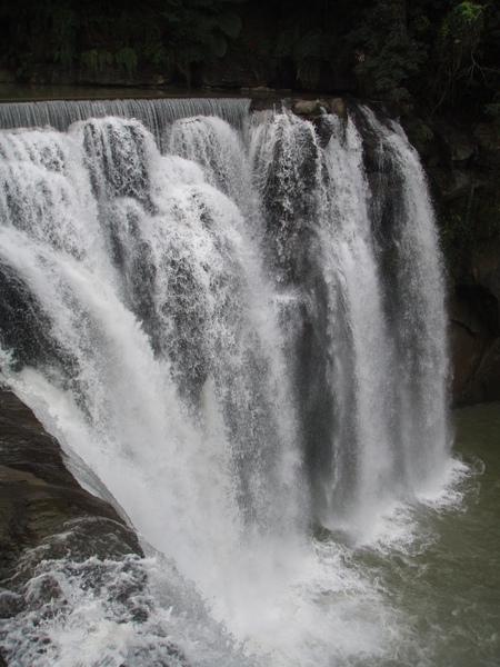 十分大瀑布1