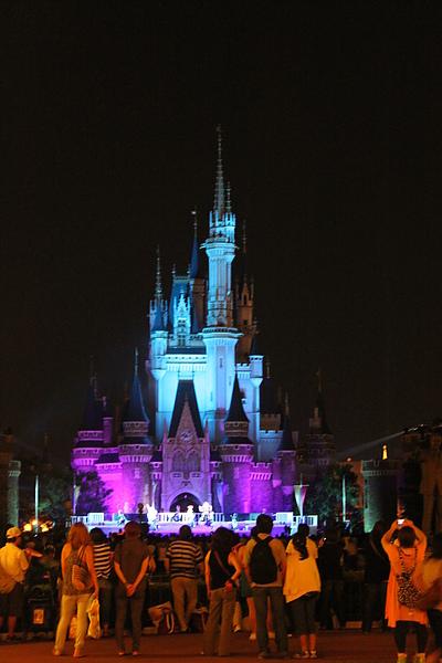 最後在城堡前還有一場表演~