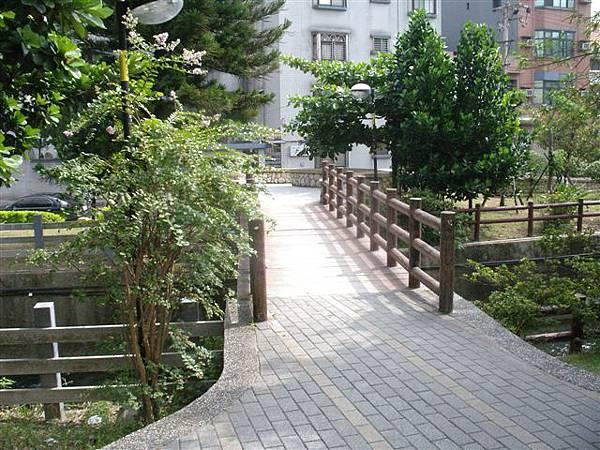 公園+影片 002.jpg