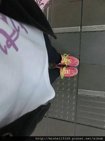 funsgirl芳子時尚:高質感絲緞耐米褲