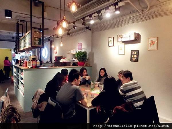 荷亞輕食館(輔大店)
