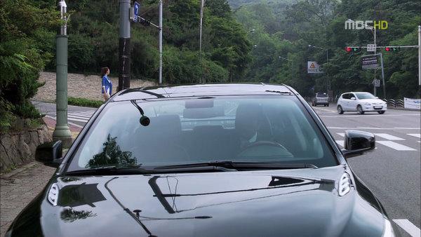 vlcsnap-2011-06-16-21h29m23s20.jpg