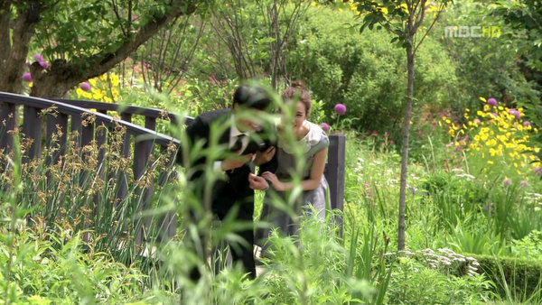 vlcsnap-2011-06-26-19h04m54s40.jpg
