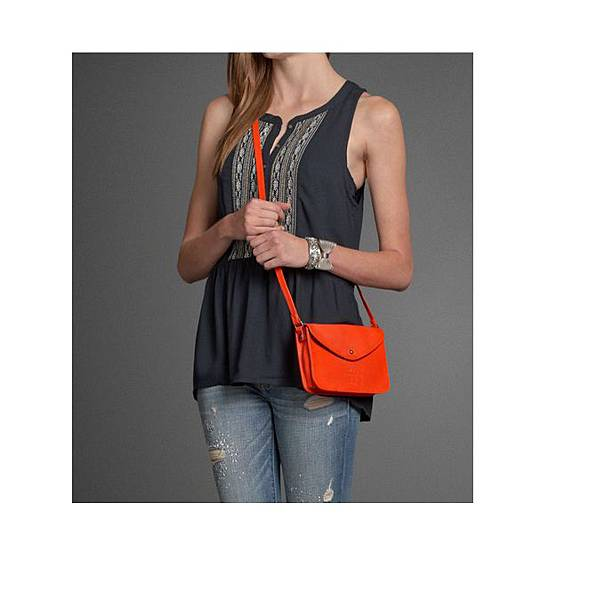 CROSSBODY BAG  ORANGE-1