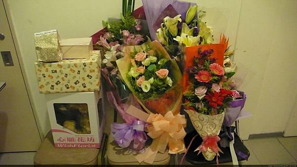 美好心意的禮物與花朵