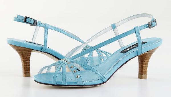 3038-87 羊皮低跟後細帶涼鞋