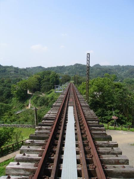 龍騰斷橋附近鐵道