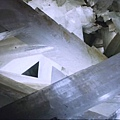 結晶洞窟5.JPG