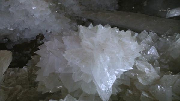 結晶洞窟10.JPG