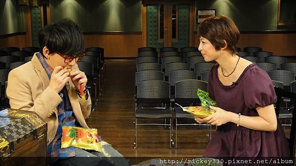 20111102pm11鋼琴氣質美女西村由紀江來佼朋友囉 (9).JPG