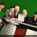 20111103PM10棒棒堂F當主播帥慘囉 (17).JPG
