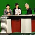 20111103PM10棒棒堂F當主播帥慘囉 (1).JPG