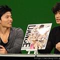 20111103PM10棒棒堂F當主播帥慘囉 (7).JPG