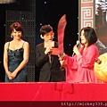 2011 1102楊門女將上海首映會 (6).JPG